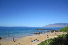 Good snorkeling on Kamaole lll Beach